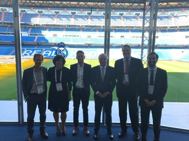 Mesa Redonda IFAES CFO Bernabeu 10.10.2017 - De pié