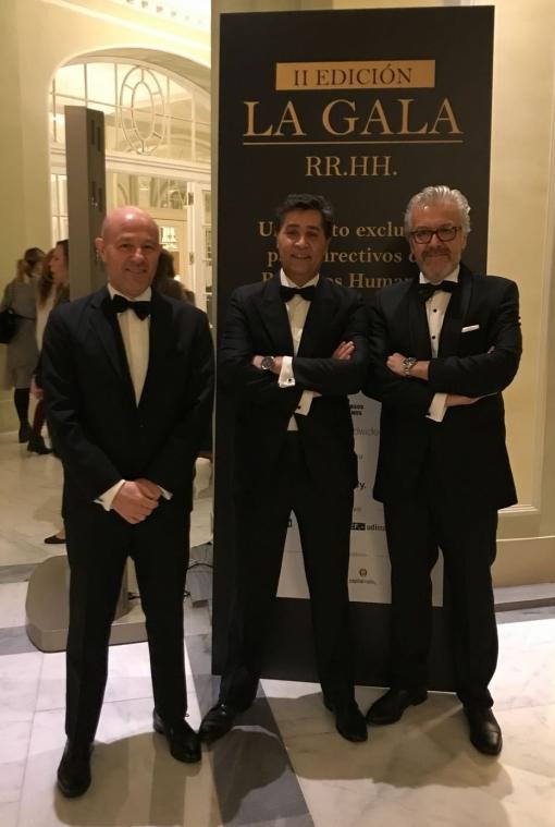 Los tres tenores de los RRHH Premio